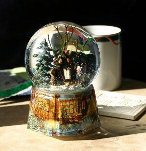 snow-globe-1699338_960_720